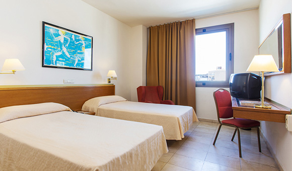 expo-hotel-valencia-basic-twin-room-et-1-jpg
