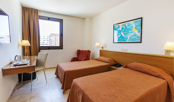 expo-hotel-valencia-executive-twin-room-xt-1-jpg