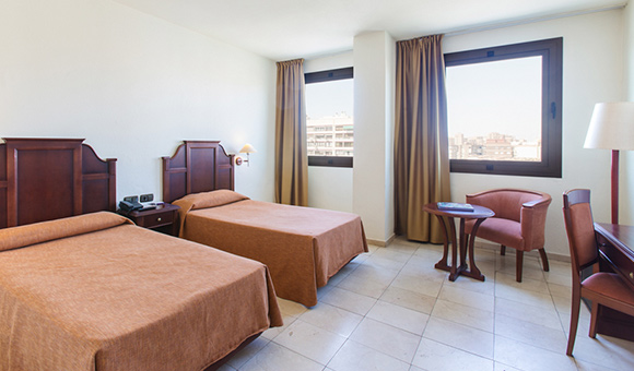 expo-hotel-valencia-superior-twin-room-st-1-jpg