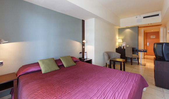 expo-hotel-barcelona-standard-double-room-cm-3